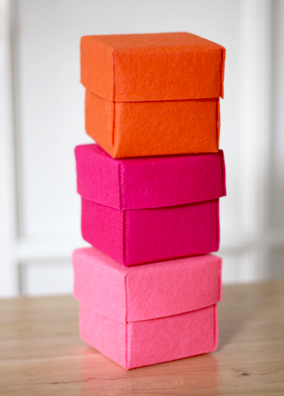 diy-stiffened-felt-boxes